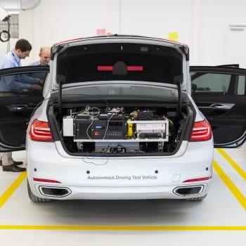 bmw-testbil-bagfra