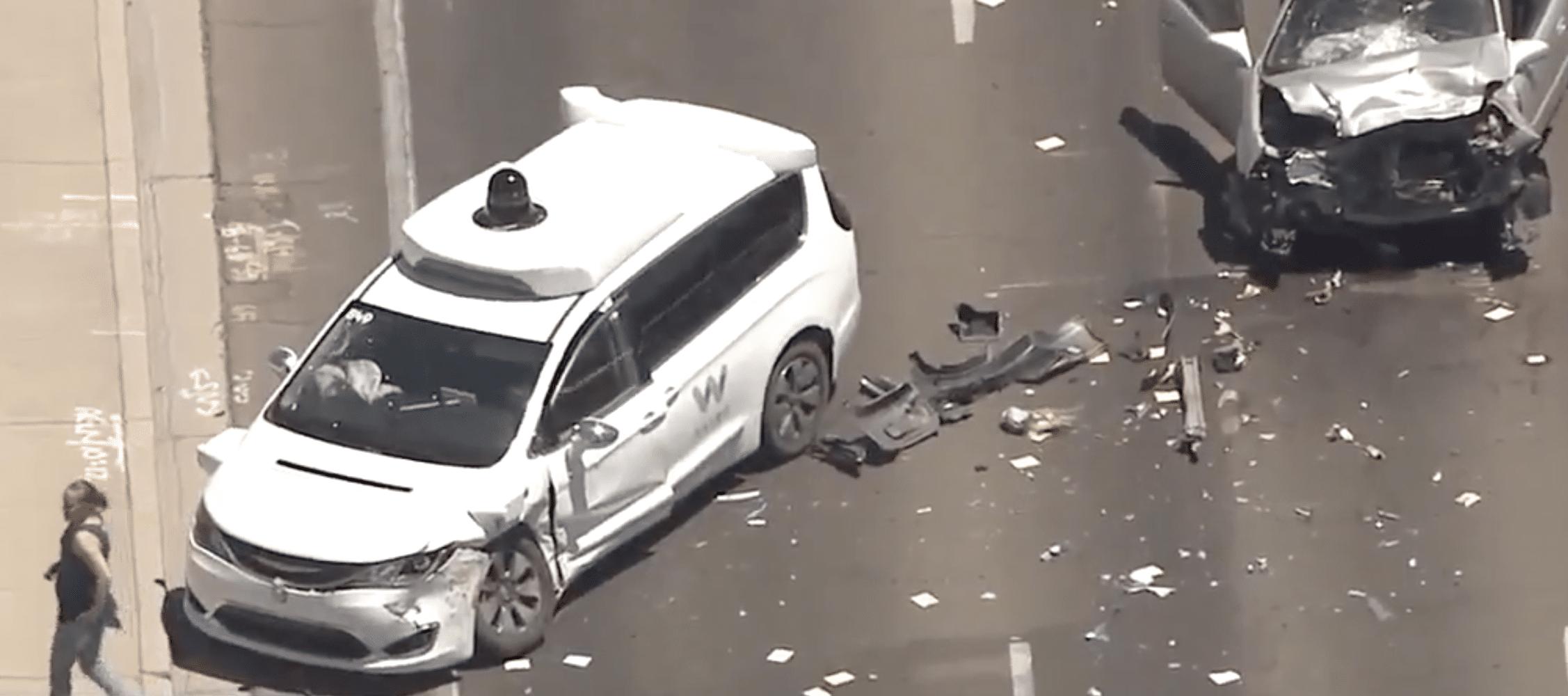 Waymo-selvkørende-bil-uheld-chandler